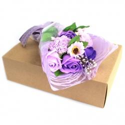 Bouquet de fleurs en savon violet